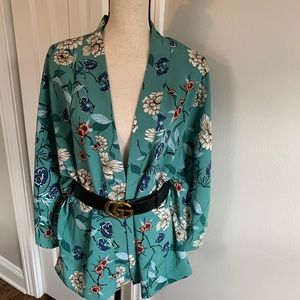 PRIMARK FLORAL TOP JACKET BEACH COVER like new